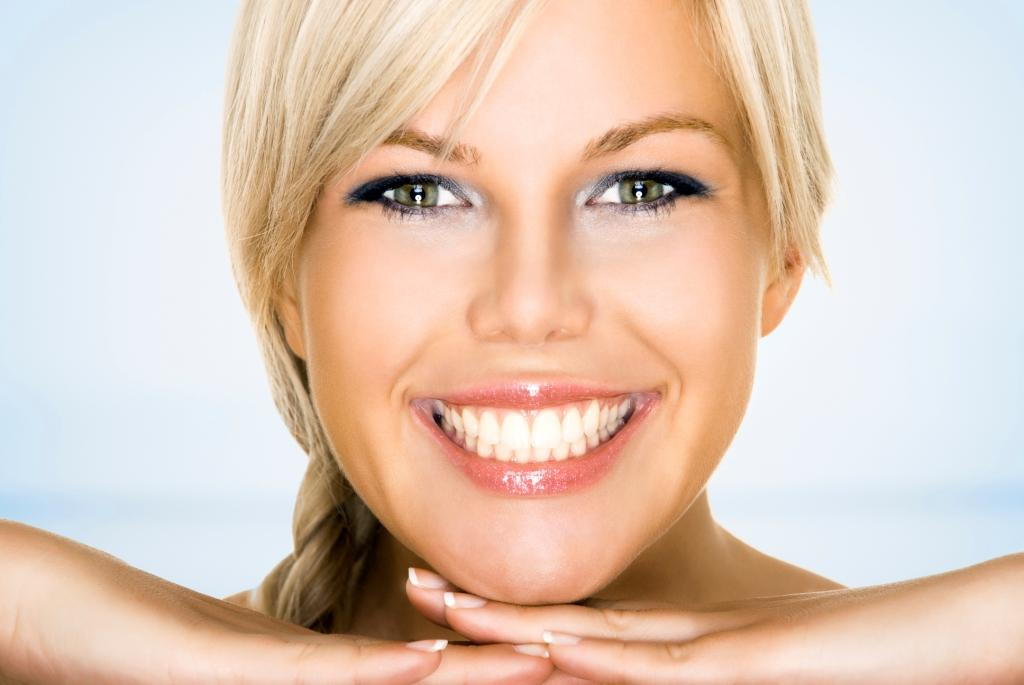 Get a great smile with mini dental implants
